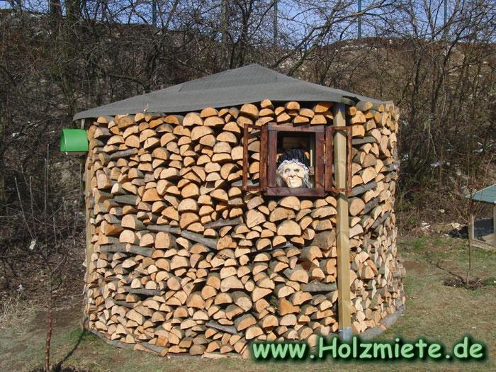 11 Raummetern Erlenholz ist zurzeit leider nicht ganz gefüllt