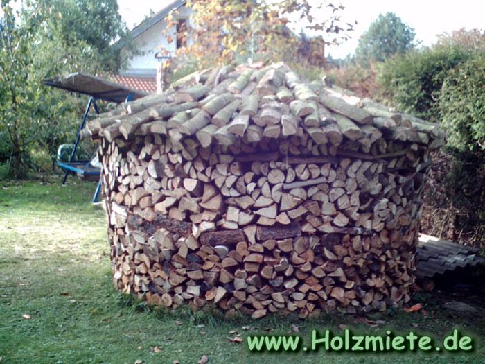 Feuer und Flamme für besondere Holzlagerung