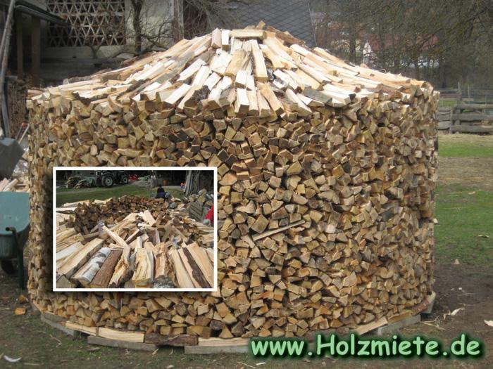 Holz gestapelt in Kärnten vom Rauschelesee