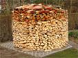 Viel Holz vor der Hütte ist gut