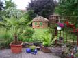 Holz Lagerplatz im Garten wird zum Blickfang